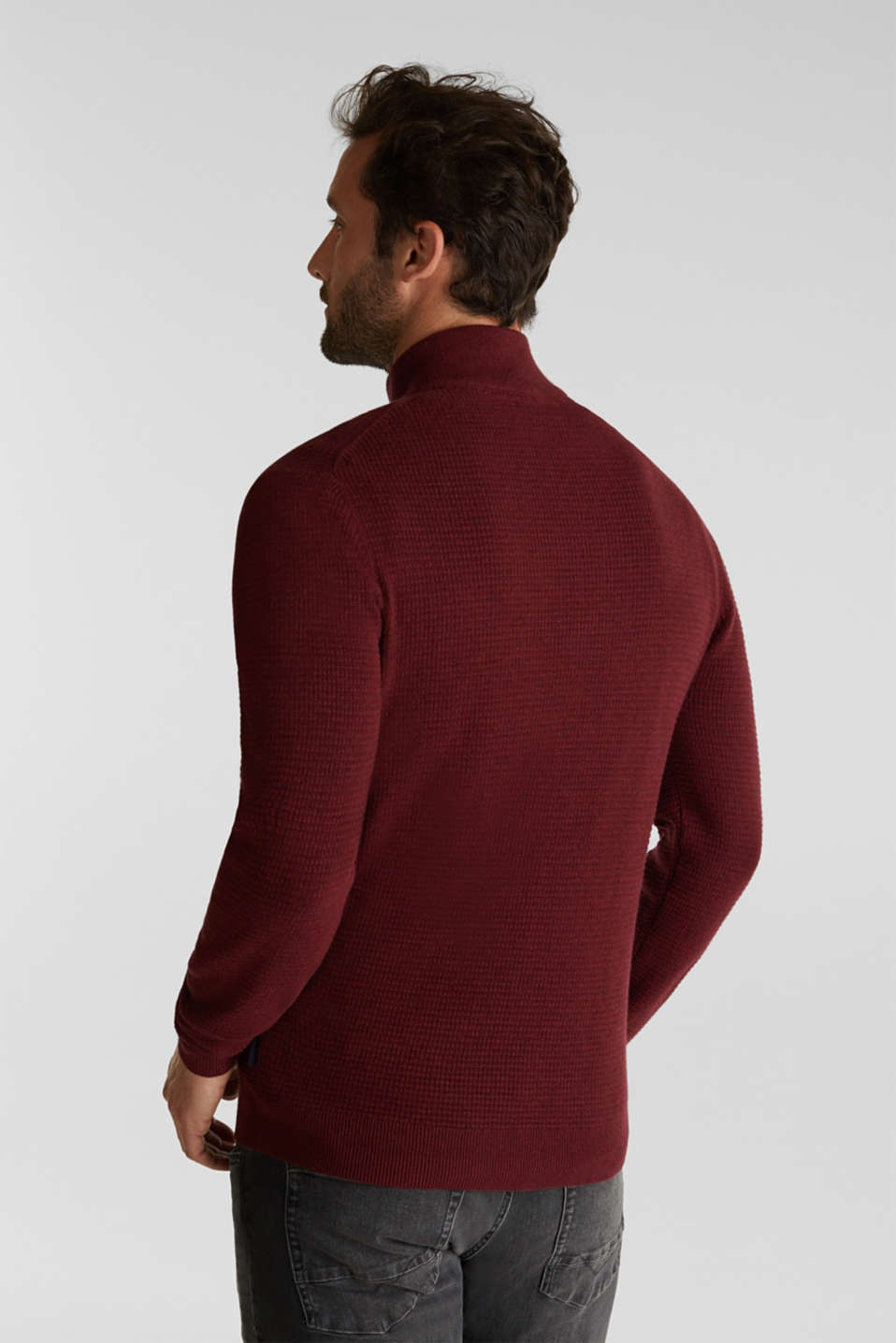 With cashmere: Textured knit jumper, DARK RED, detail image number 3