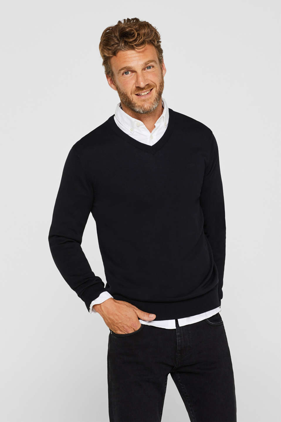 Jumper with a V-neck, 100% cotton