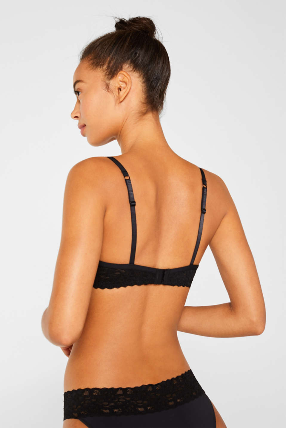 Padded underwire bra with lace, BLACK, detail image number 1