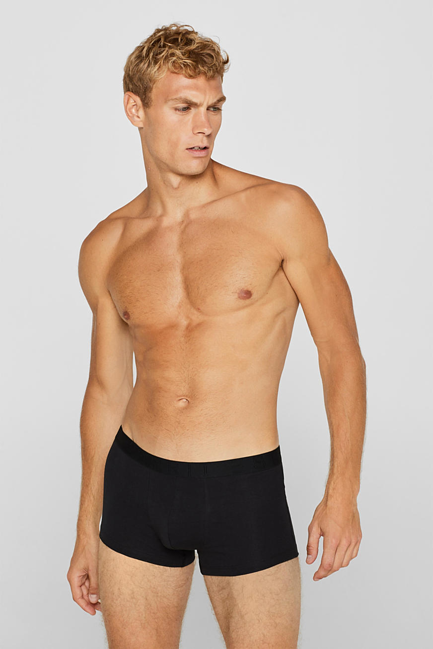 Triple pack of hipster shorts with a contrasting waistband