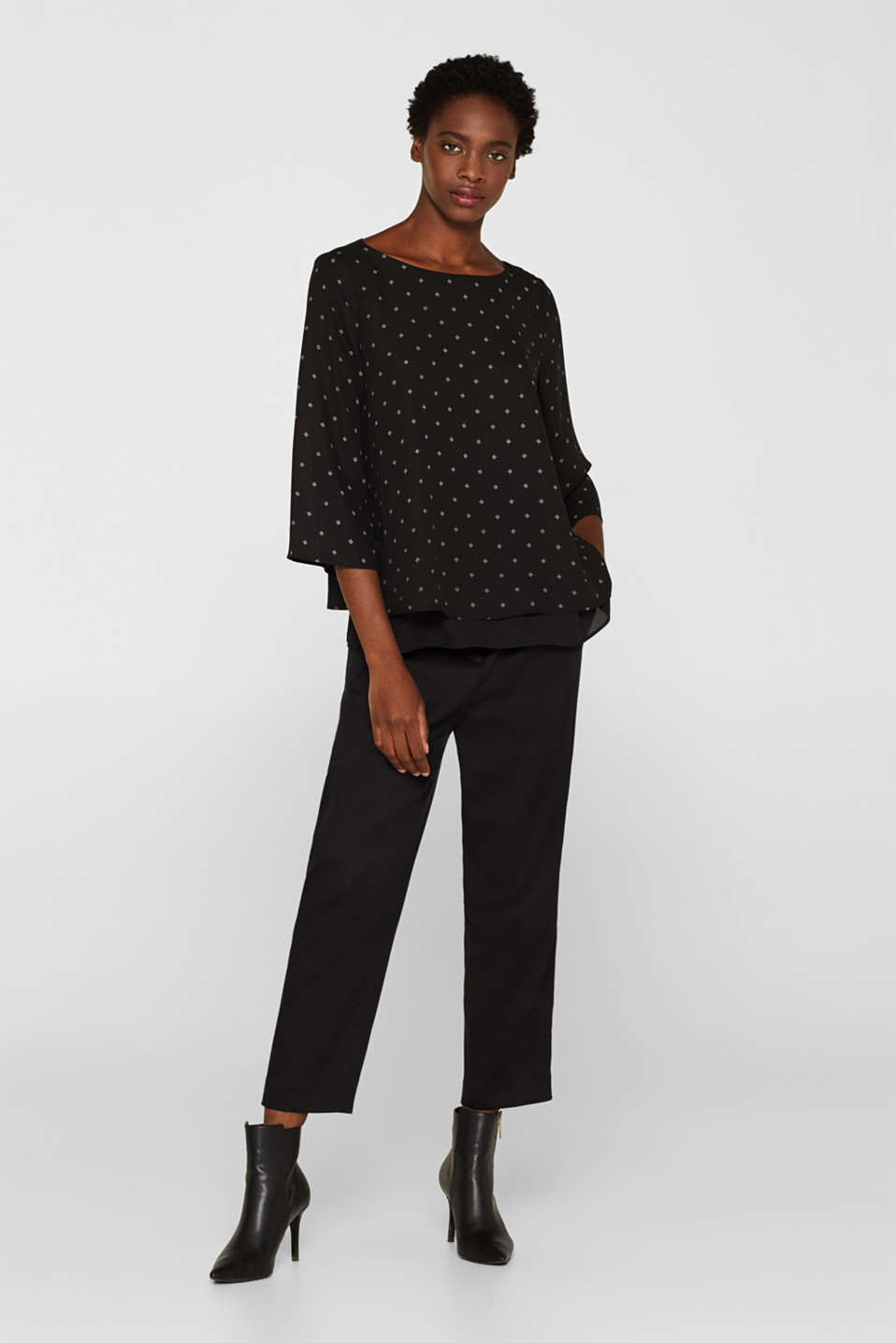 Crêpe blouse in a layered look, BLACK, detail image number 1