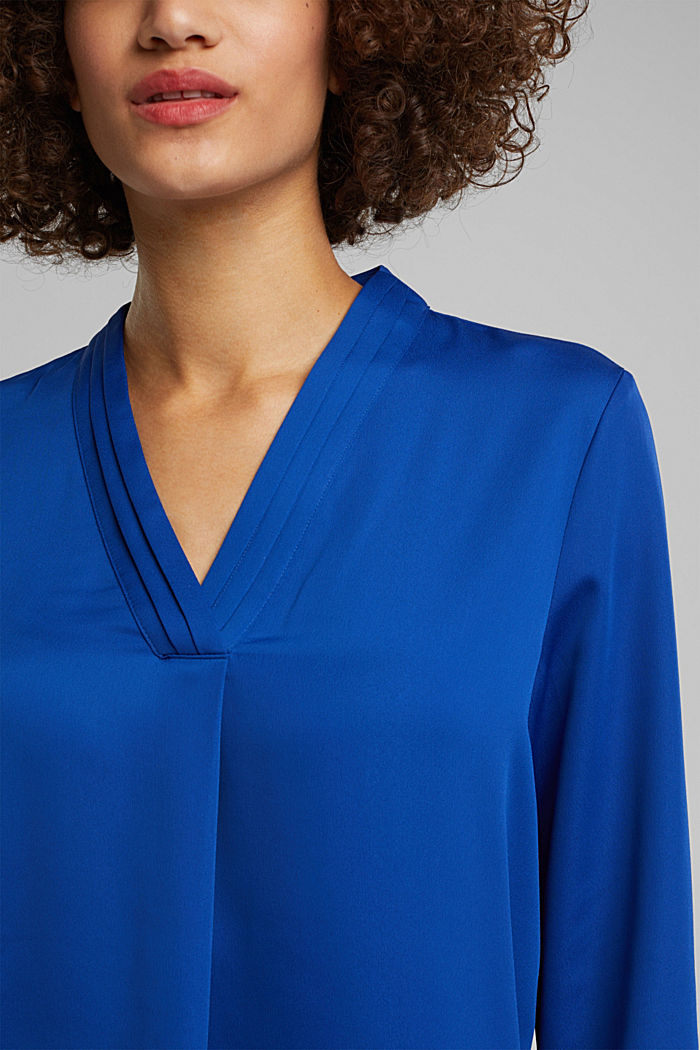 V-neck blouse with pleated trim, BRIGHT BLUE, detail image number 2