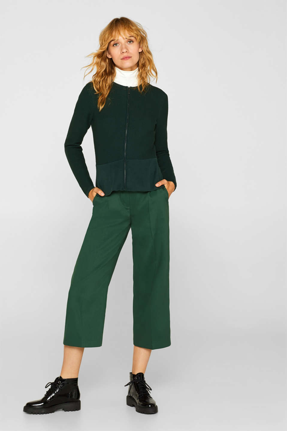 Textured cardigan with a peplum, BOTTLE GREEN, detail image number 1