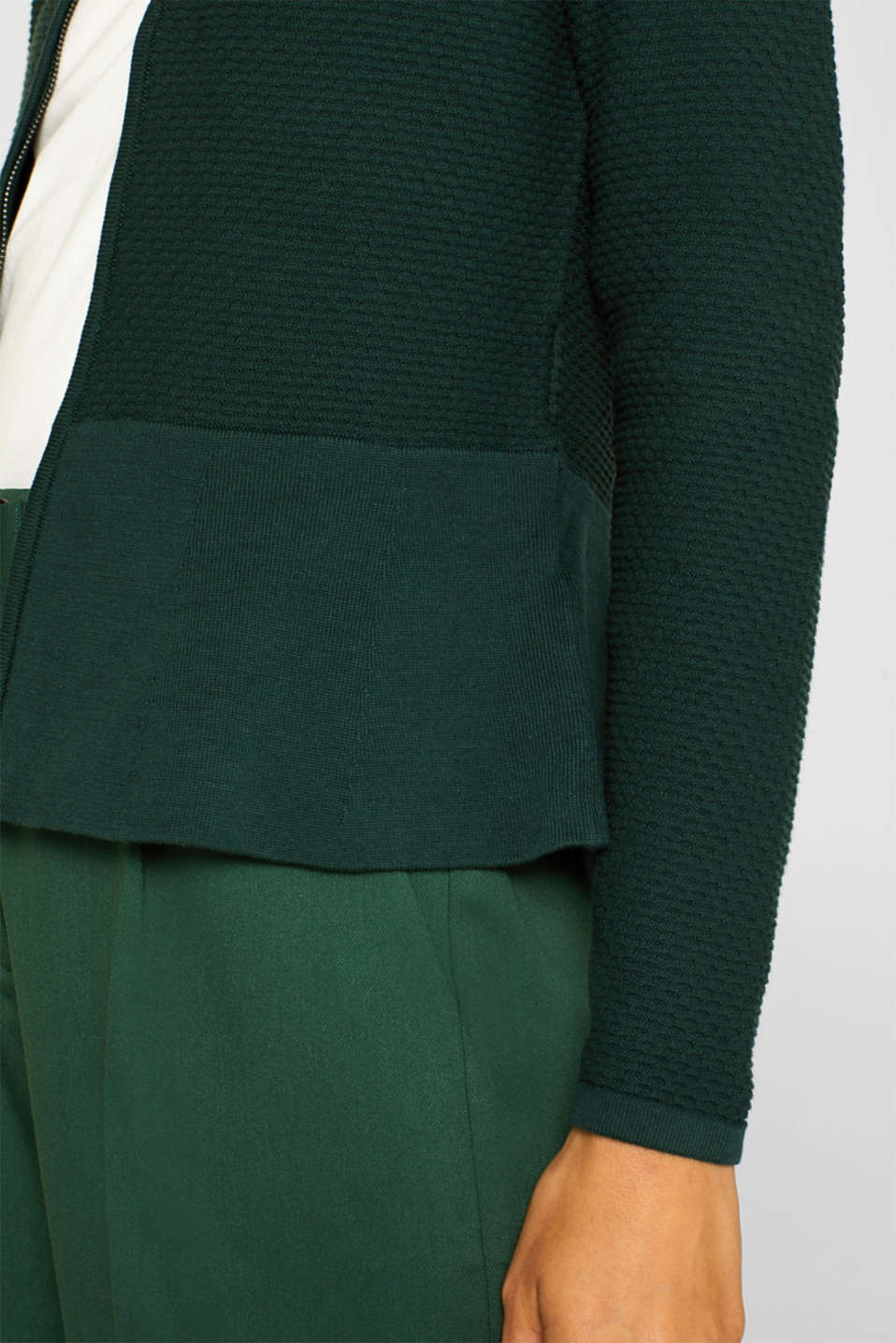 Textured cardigan with a peplum, BOTTLE GREEN, detail image number 2