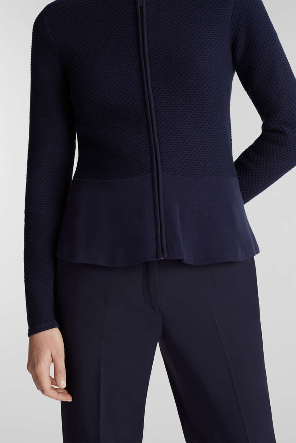 Textured cardigan with a peplum, NAVY, detail image number 2