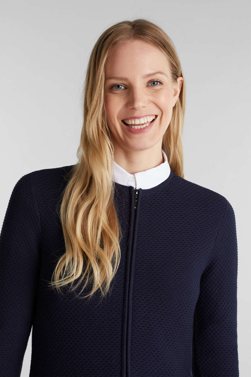 Textured cardigan with a peplum, NAVY, detail image number 6