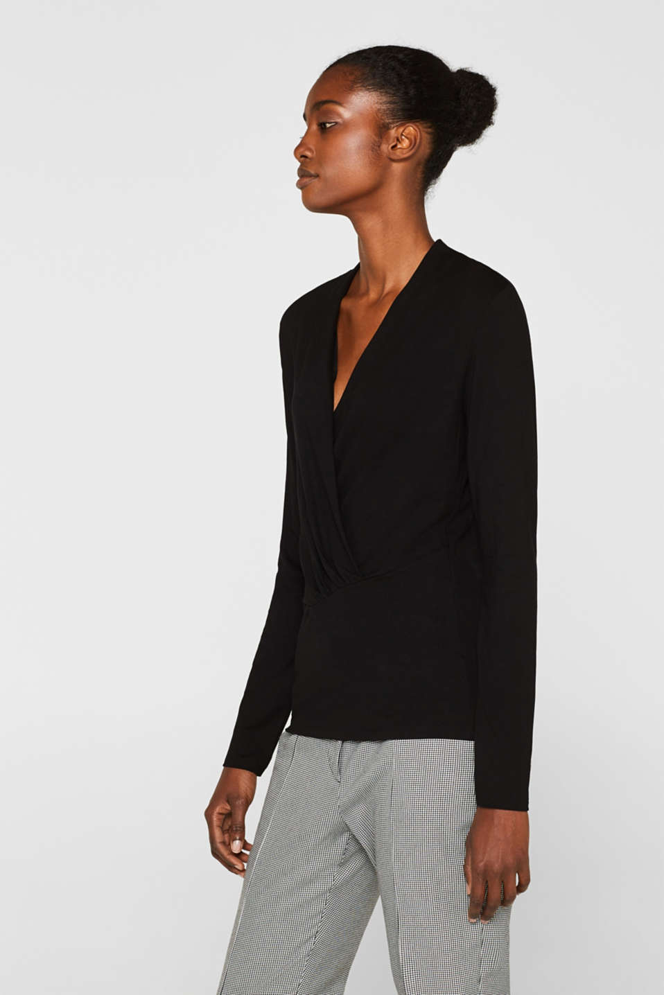 Stretch top in a wrap-over look, BLACK, detail image number 5