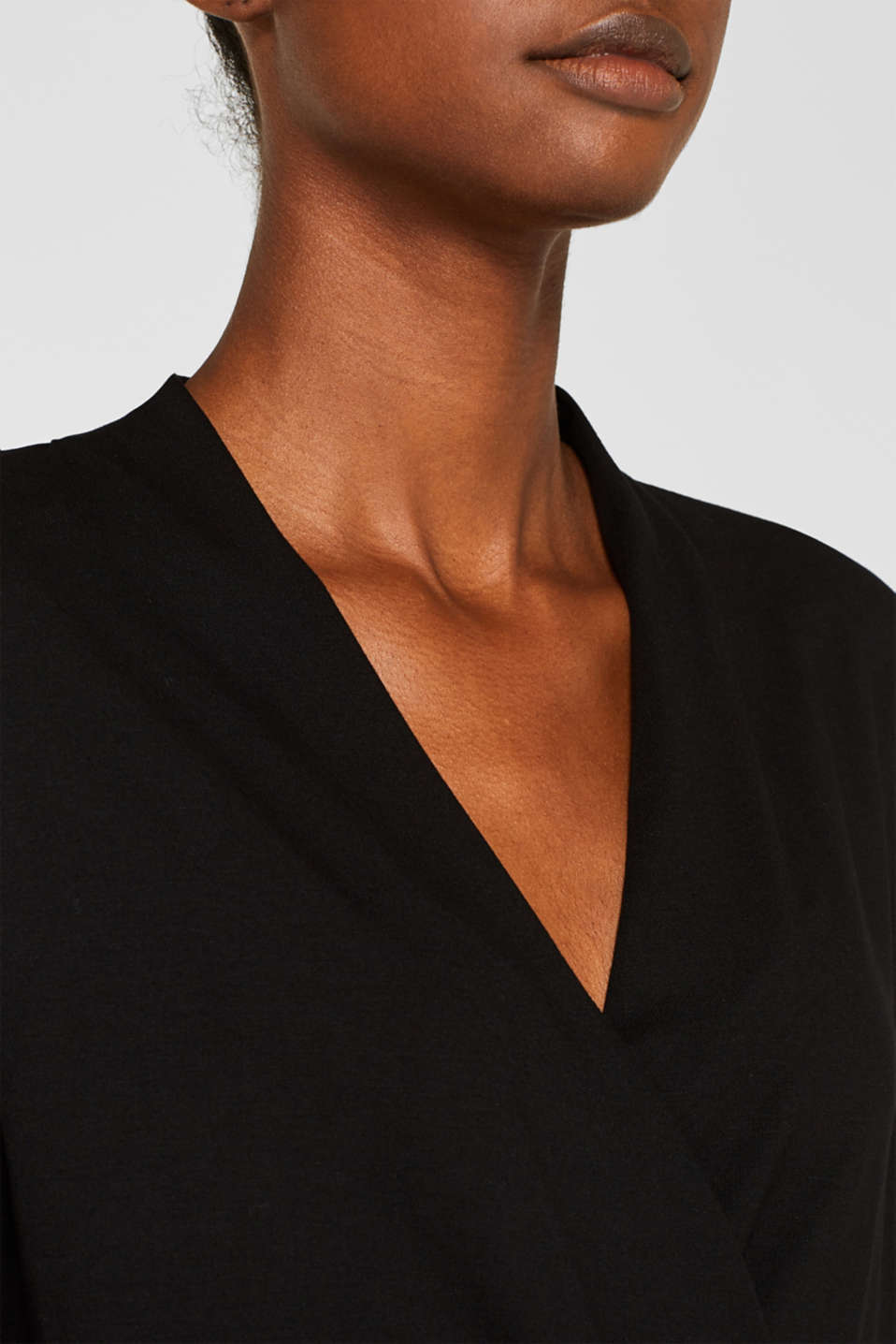 Stretch top in a wrap-over look, BLACK, detail image number 2