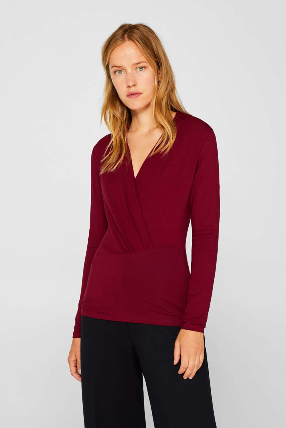 Stretch top in a wrap-over look, GARNET RED, detail image number 0