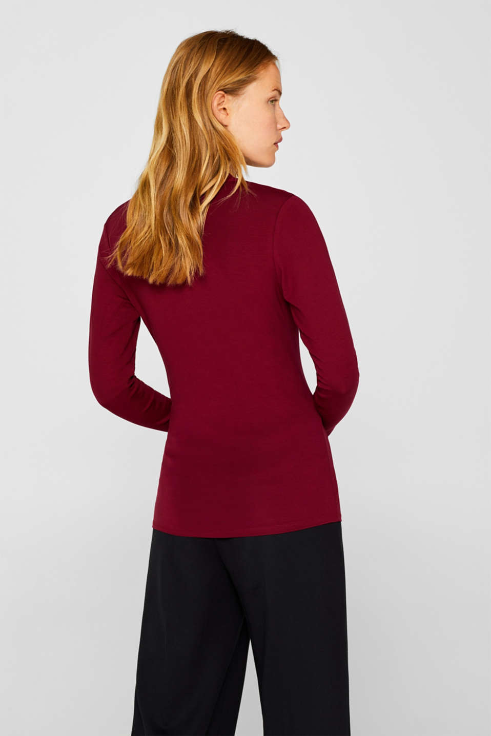 Stretch top in a wrap-over look, GARNET RED, detail image number 2