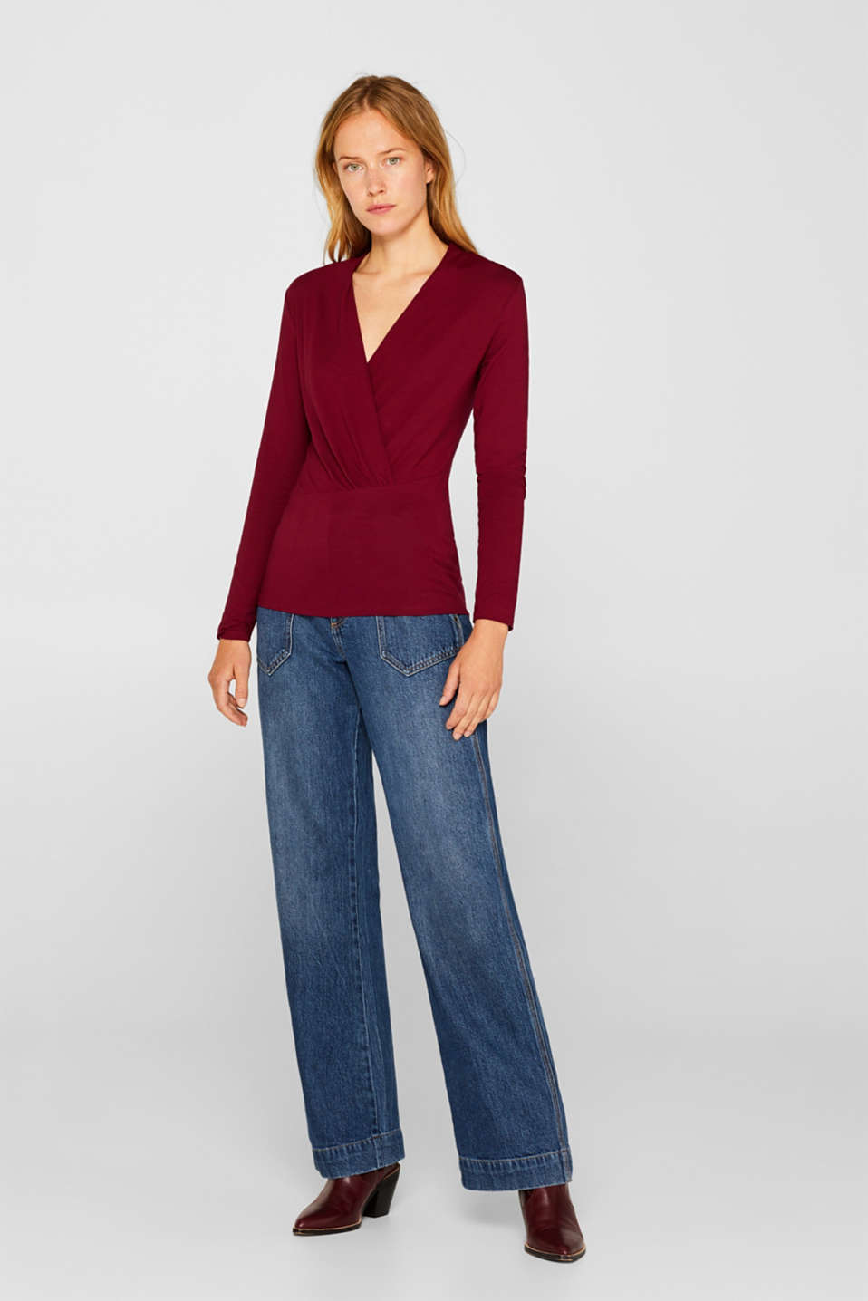 Stretch top in a wrap-over look, GARNET RED, detail image number 5
