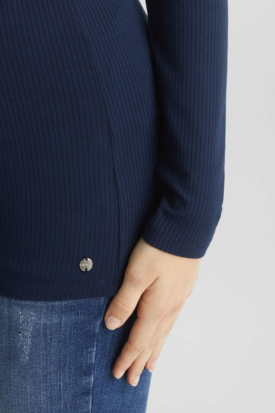 Ribbed long sleeve top with a button placket and stretch for comfort, LCNIGHT BLUE, detail image number 5