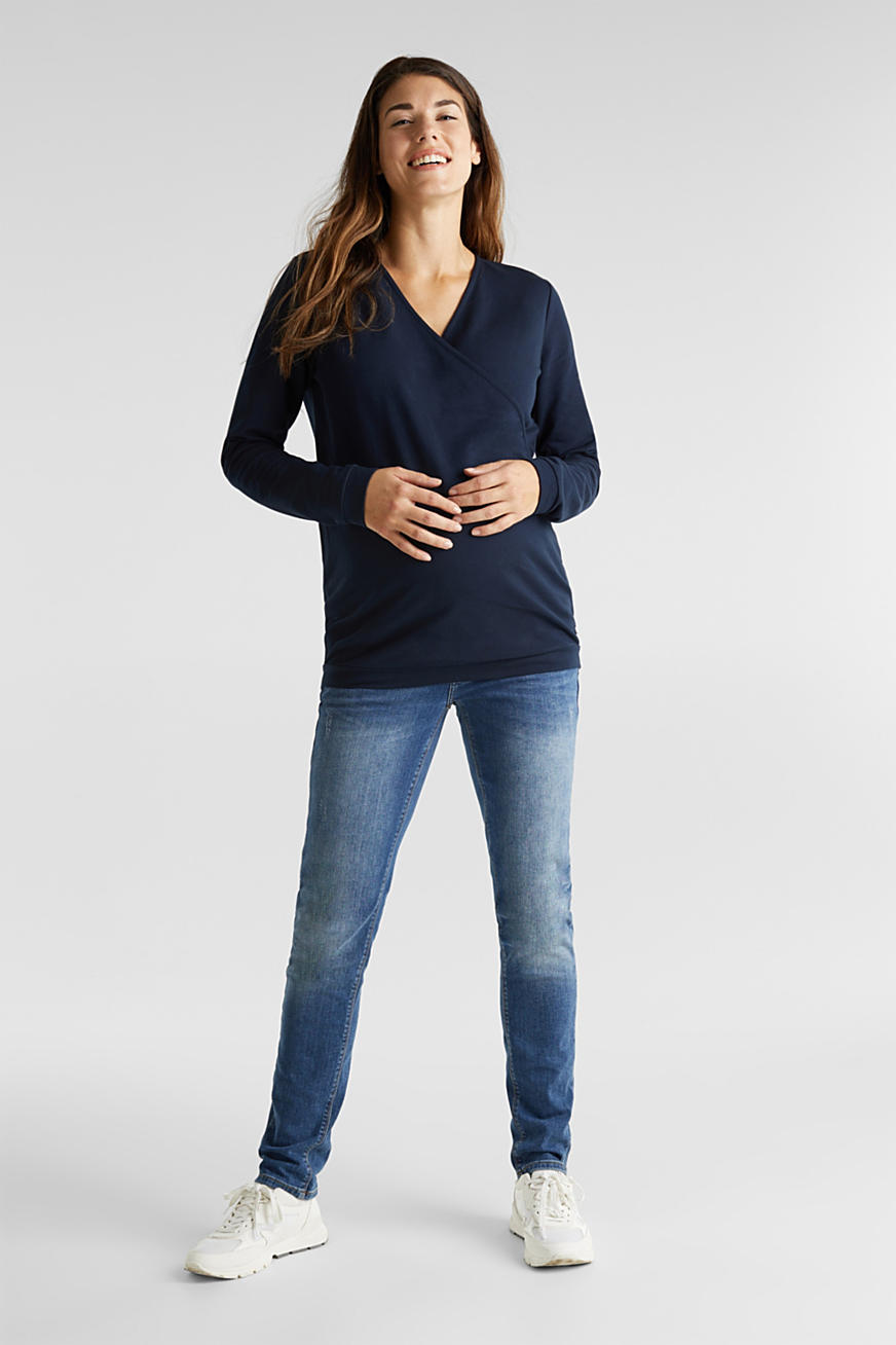 Stretch jeans with an over-bump waistband