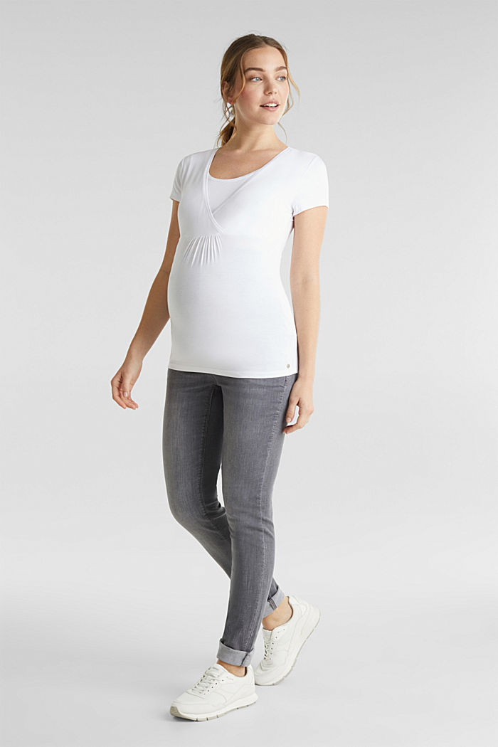 Super stretchy jeans, over-the-bump waistband