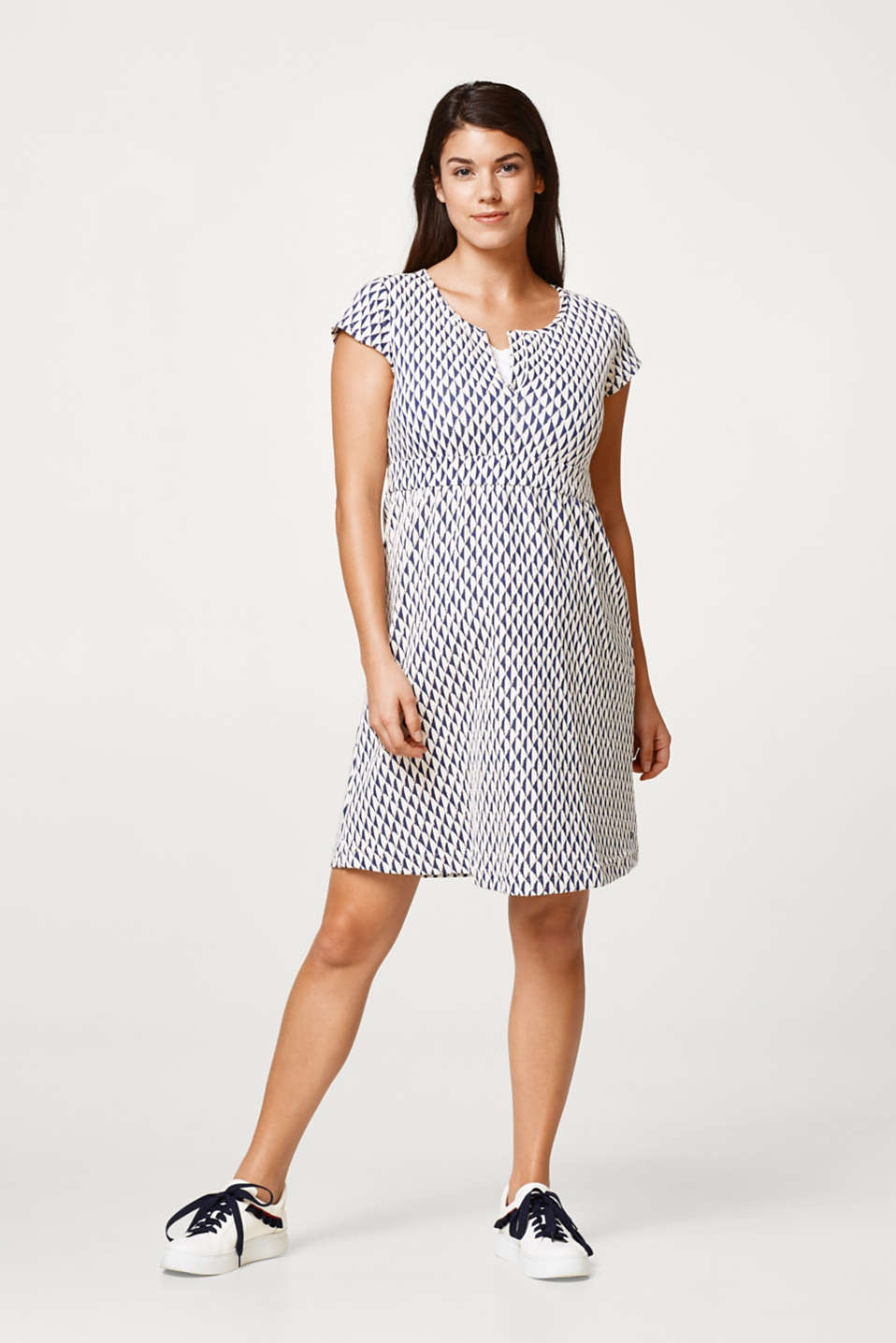 Jacquard dress with a nursing function