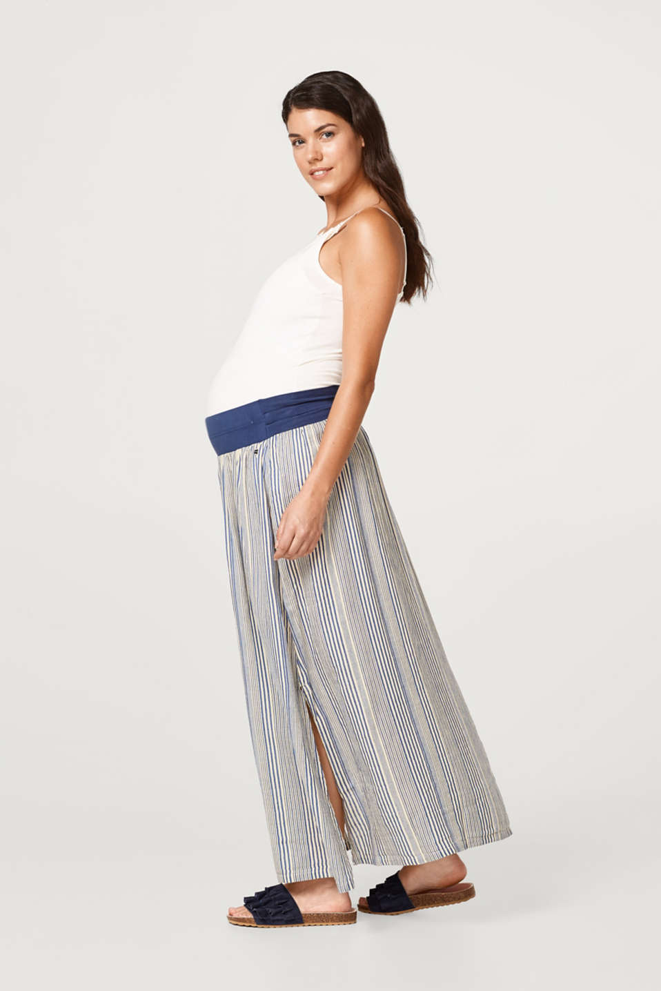 Linen blend maxi skirt with an under-bump waistband