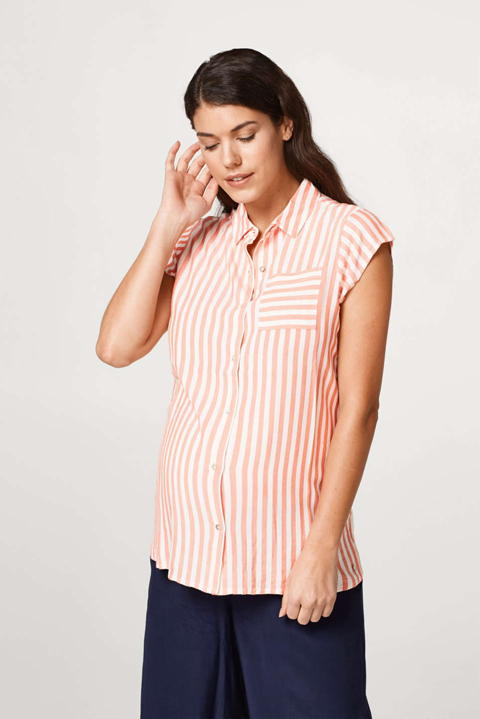 Esprit - Flowing striped blouse with breast pocket