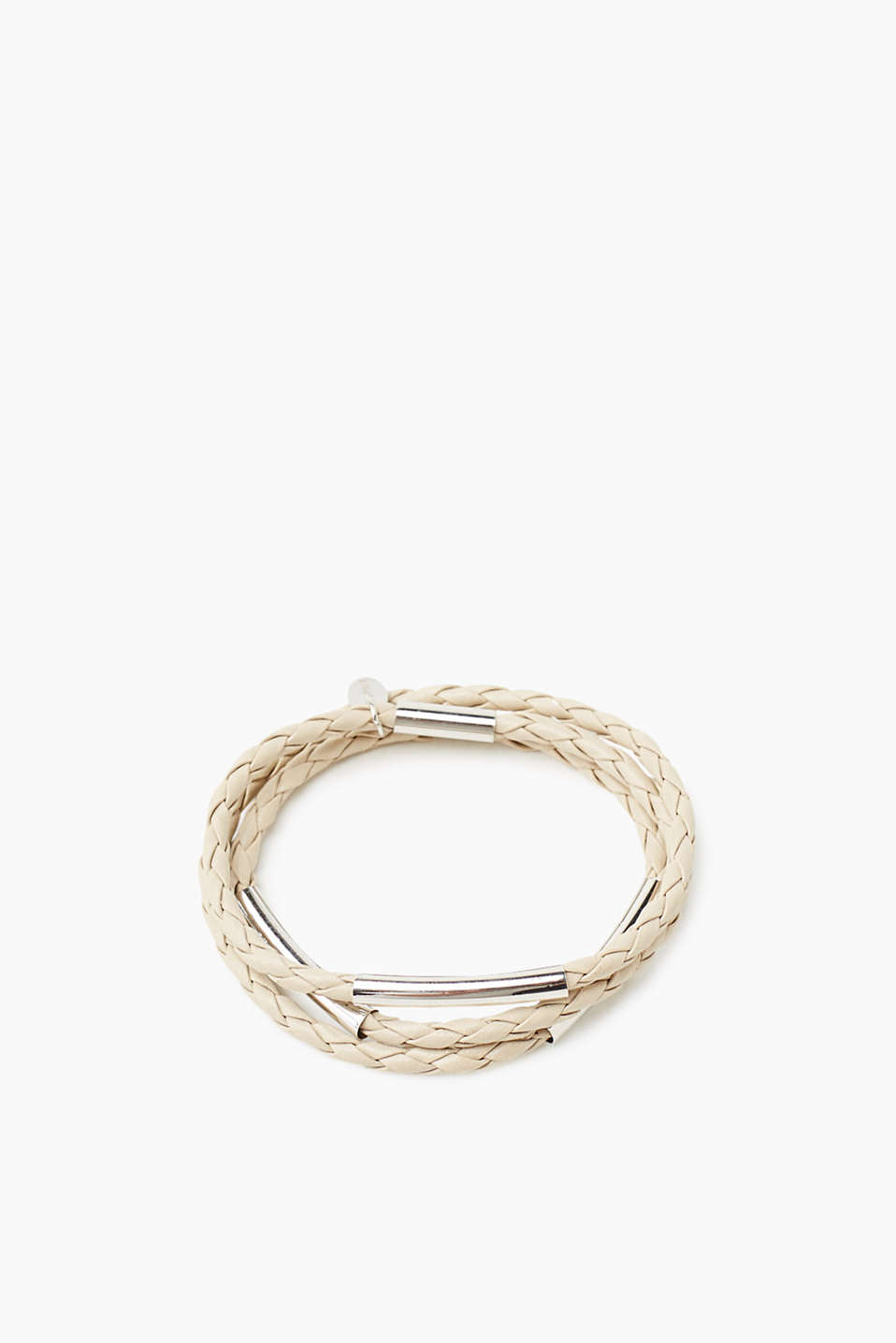 Delicate three-strand bracelet in braided leather