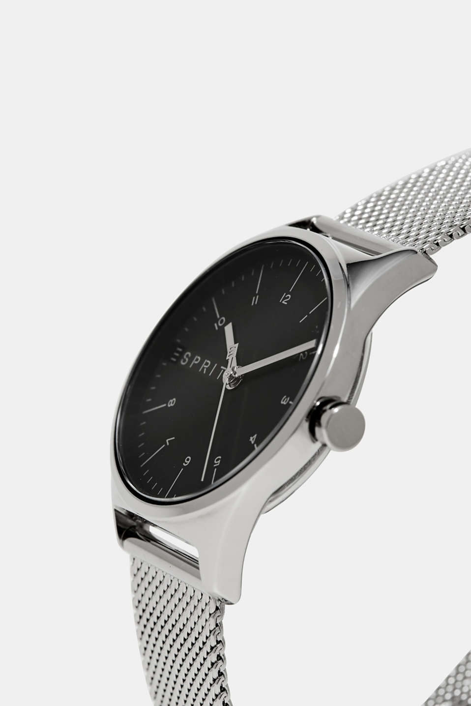 Mens watch with a Milanese strap