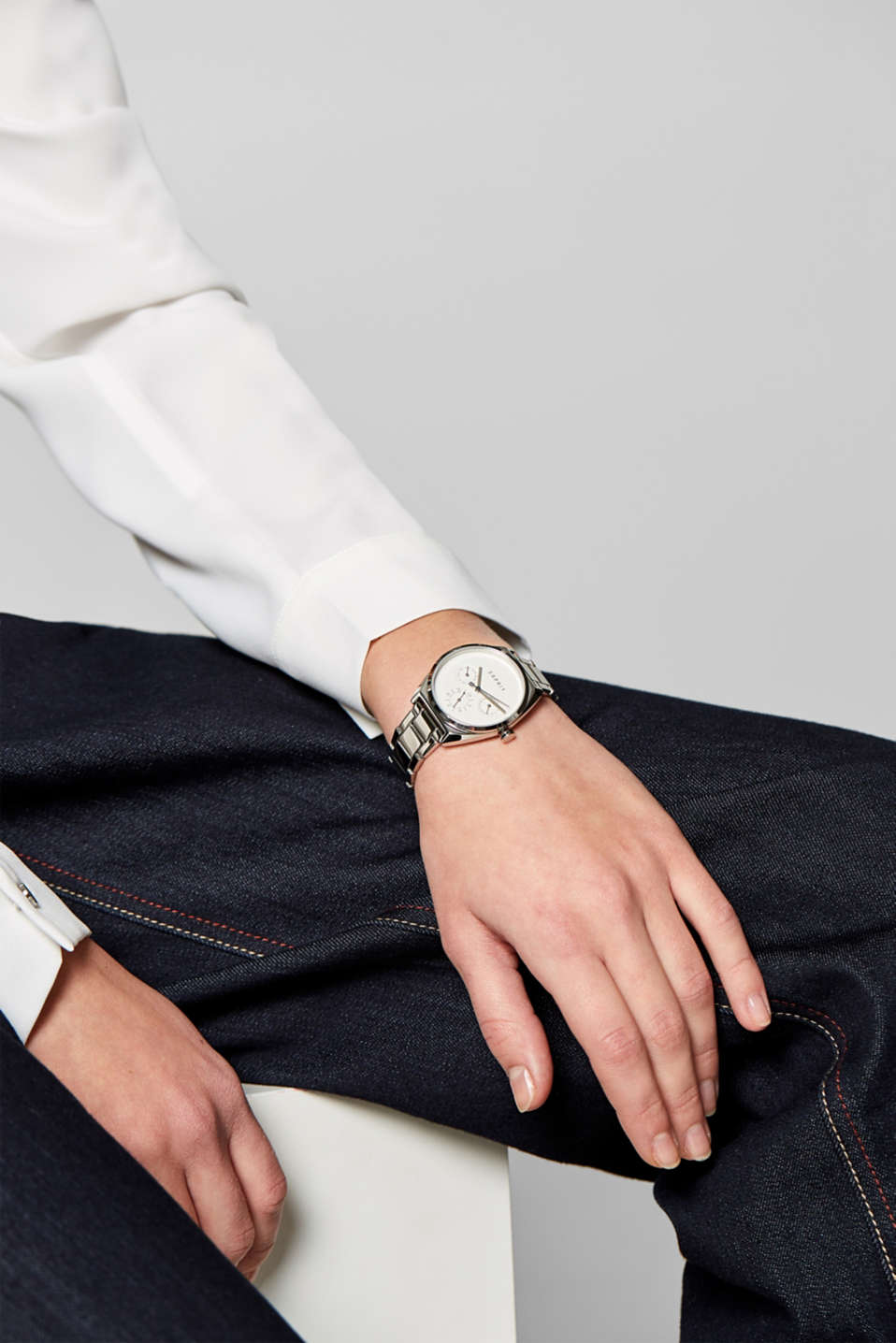 Stainless-steel watch with link bracelet, SILVER, detail image number 2