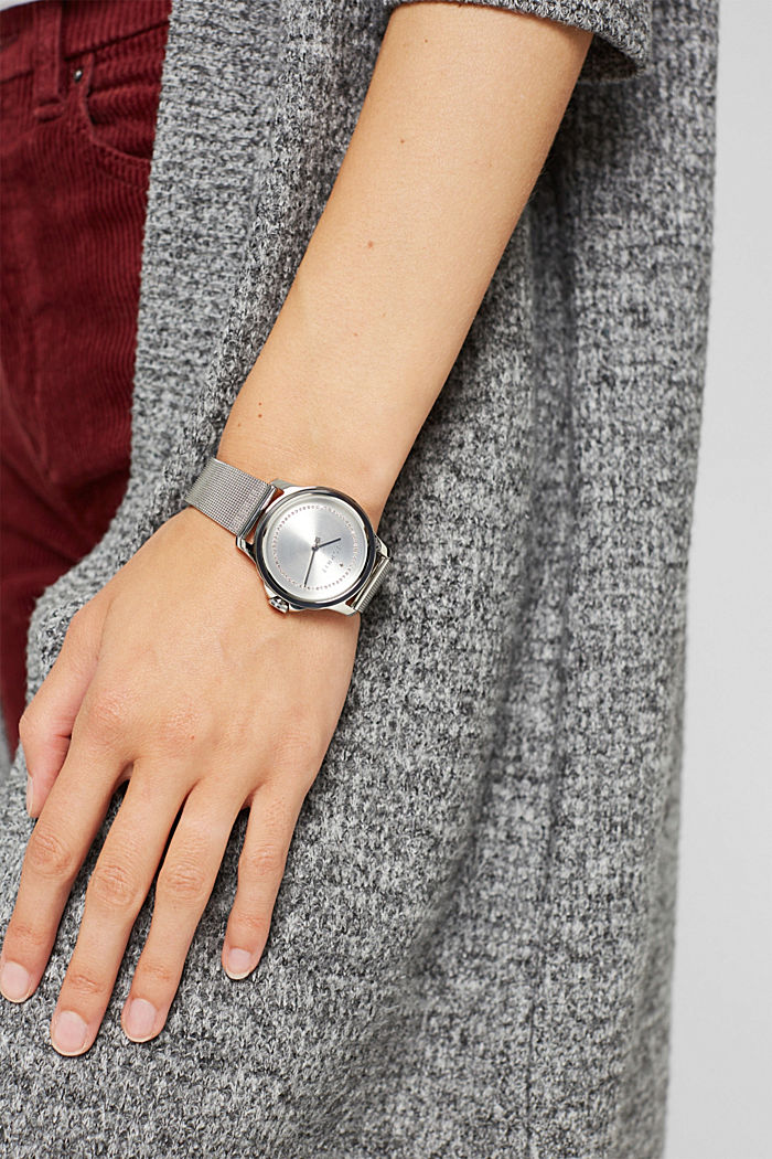 Reloj de acero inoxidable con pulsera de malla y circonita