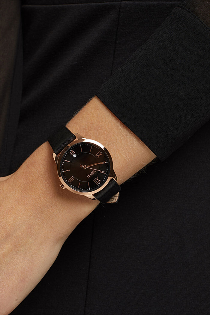 Stainless steel watch with rose gold and a leather strap