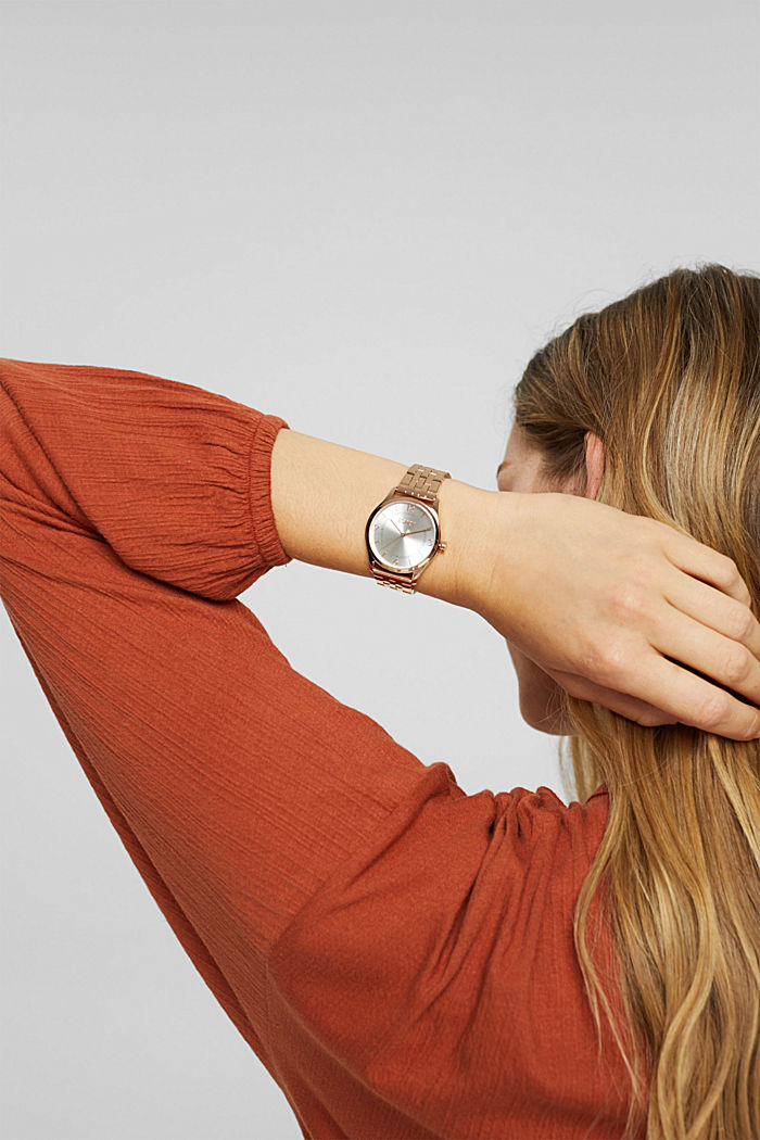 Reloj de acero inoxidable con acabado dorado cobrizo y pulsera de eslabones