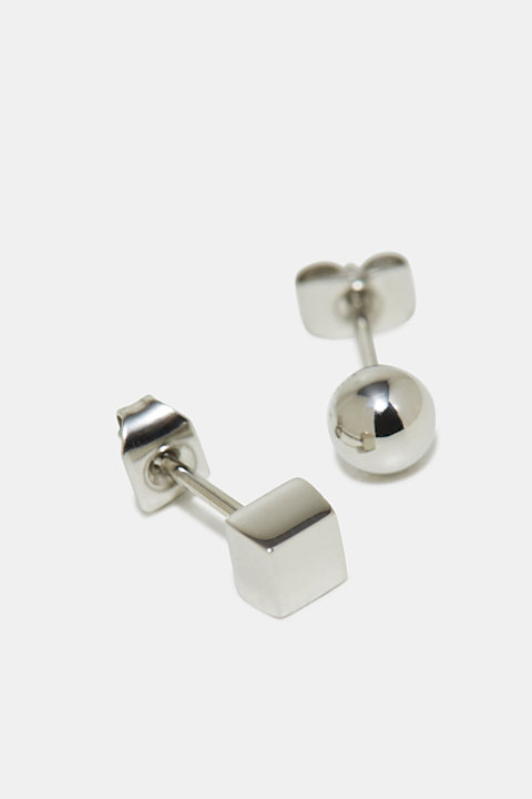Stainless steel stud earrings in different shapes