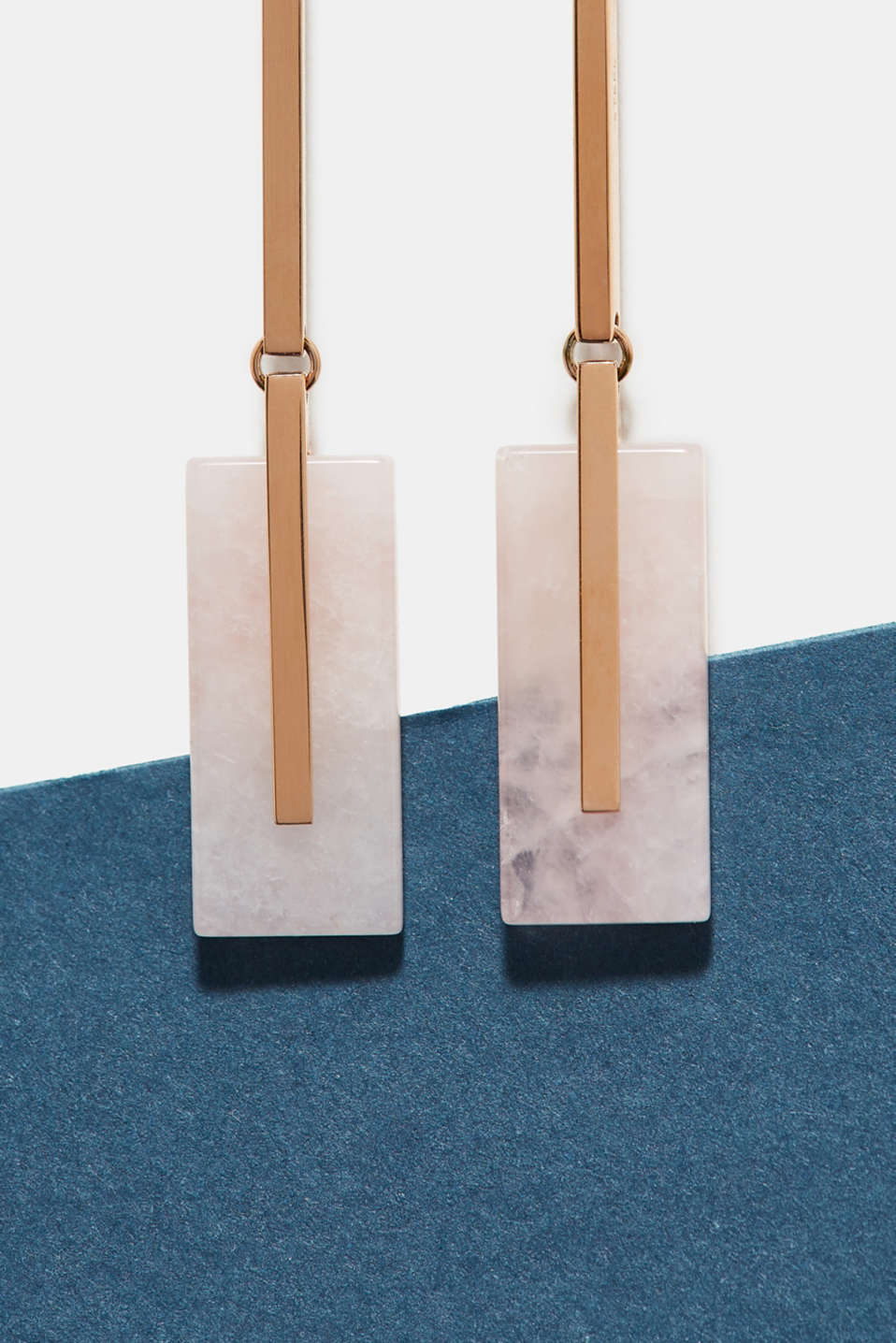 Stainless steel earrings with stones in a rose quartz look, one colour, detail image number 1