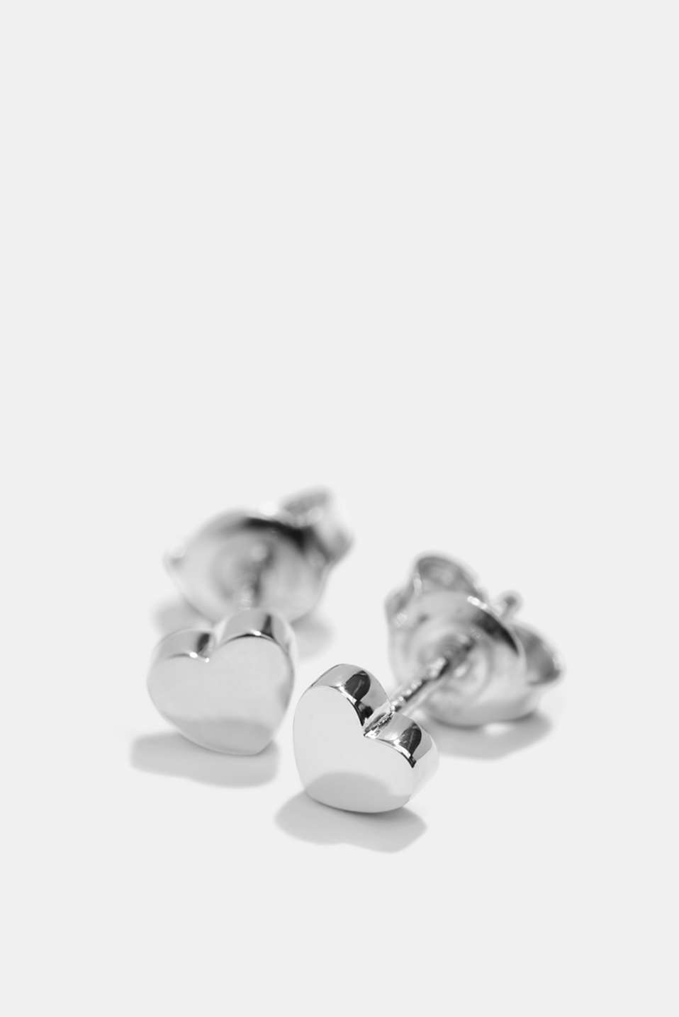 Heart-shaped stud earrings in sterling silver, SILVER, detail image number 1