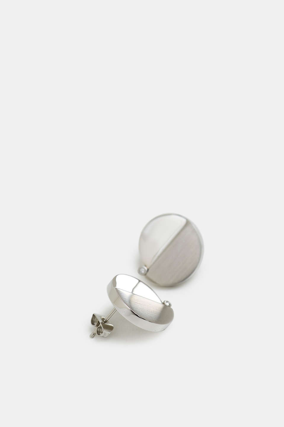 Stainless steel stud earrings with zirconia trim, SILVER, detail image number 1