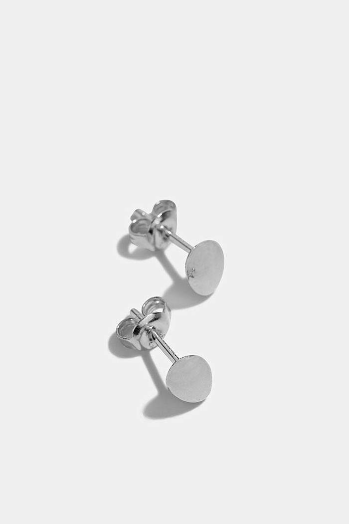 Oval stud earrings in sterling silver