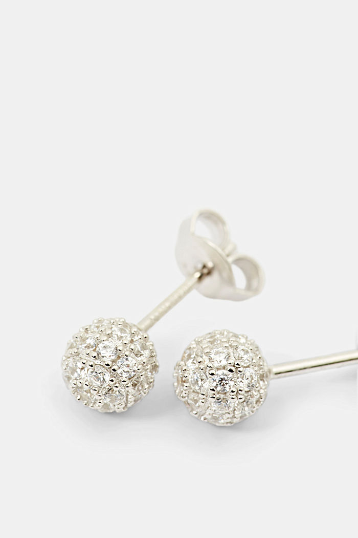Stud earrings in sterling silver with zirconia
