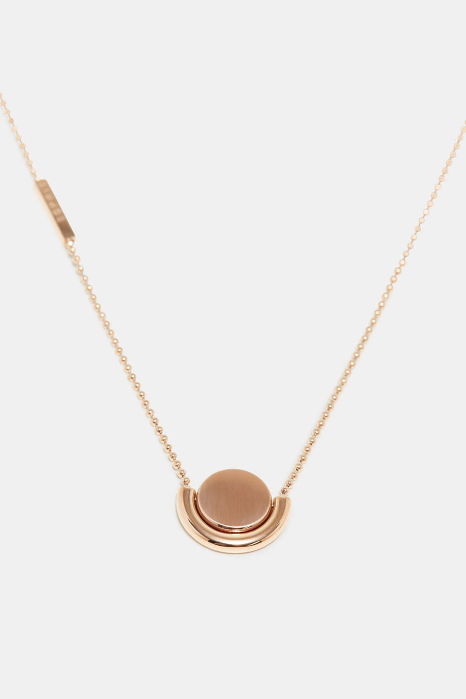 The rotating pendant on this necklace is a fine yet minimalistic highlight.