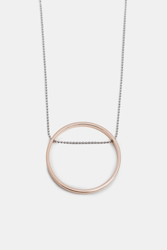 Long necklace with a ring pendant