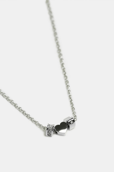 Stainless steel chain with zirconia hearts