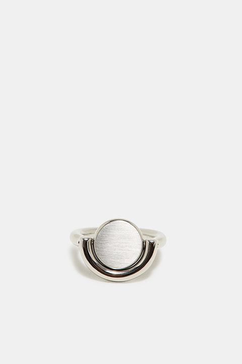 Ring with a rotating element in stainless steel