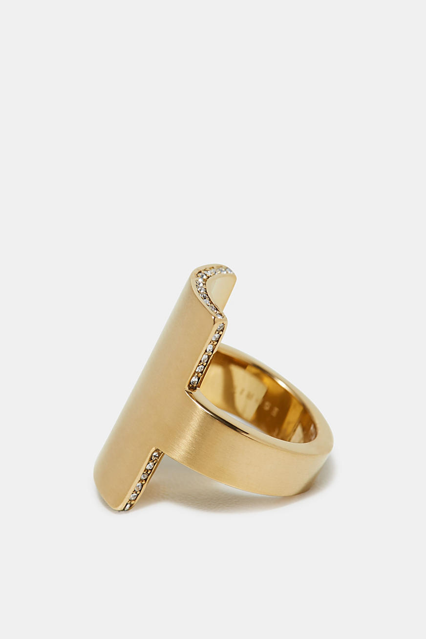 Yellow gold tone statement ring, made of stainless steel