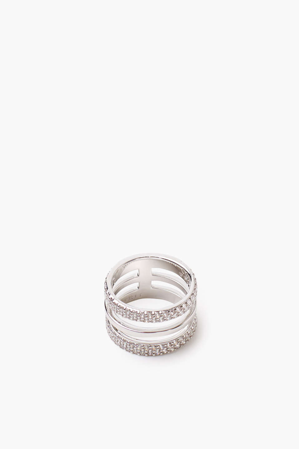 High-quality metal ring with zirconia