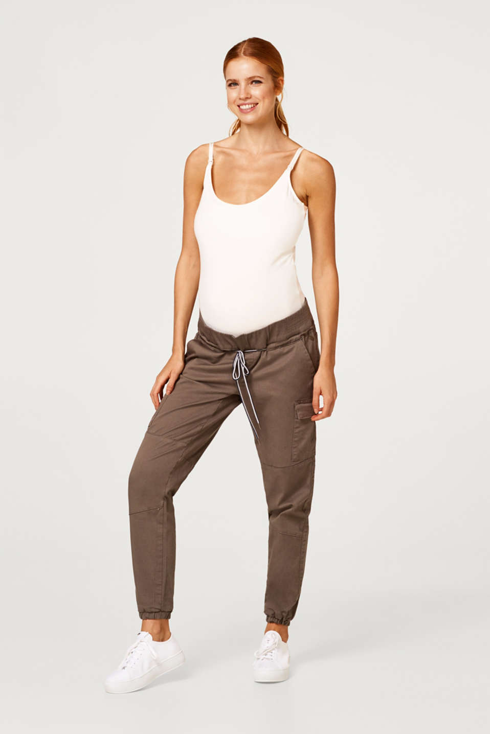 Esprit - Stretch cargo trousers with an under-bump waistband