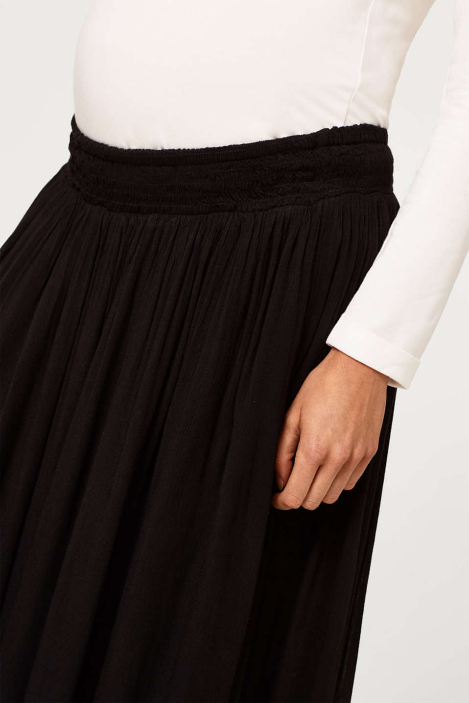 Trendy crinkle maxi skirt with an under-bump waistband, LCBLACK, detail image number 1