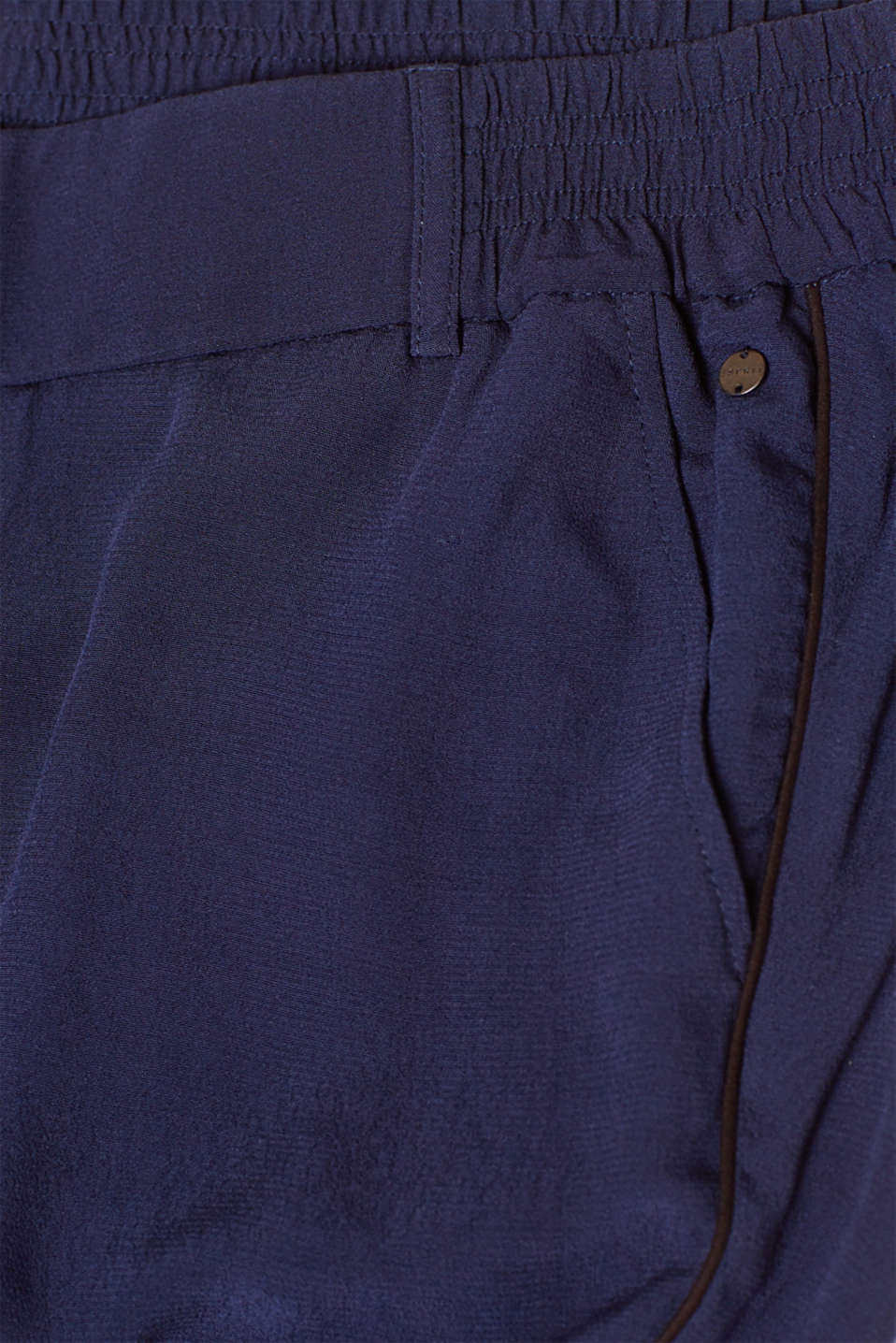Esprit - Tracksuit style trousers with an under-bump waistband