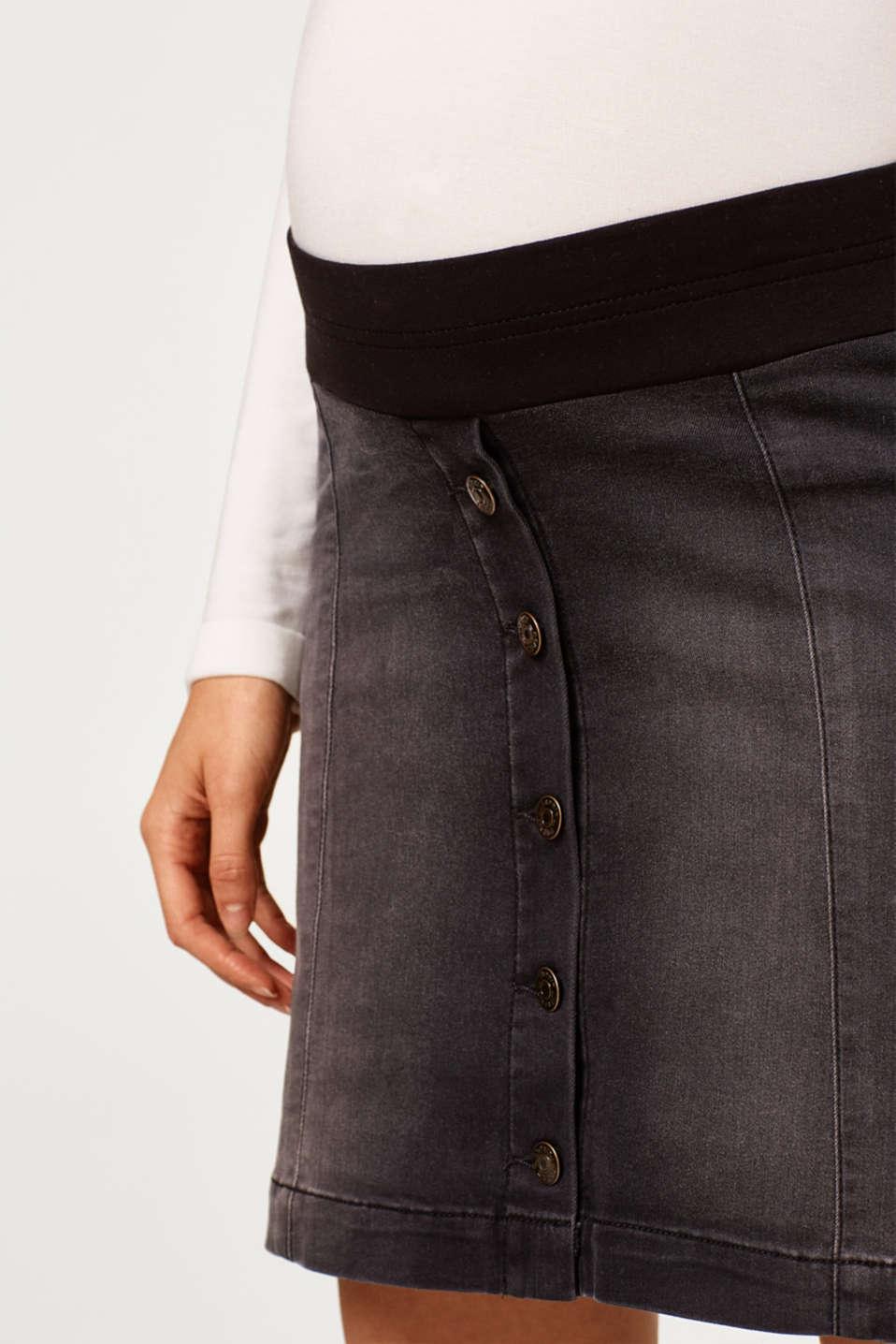 Super stretch denim skirt with an under-bump waistband, LCBLACK DARKWASH, detail image number 2