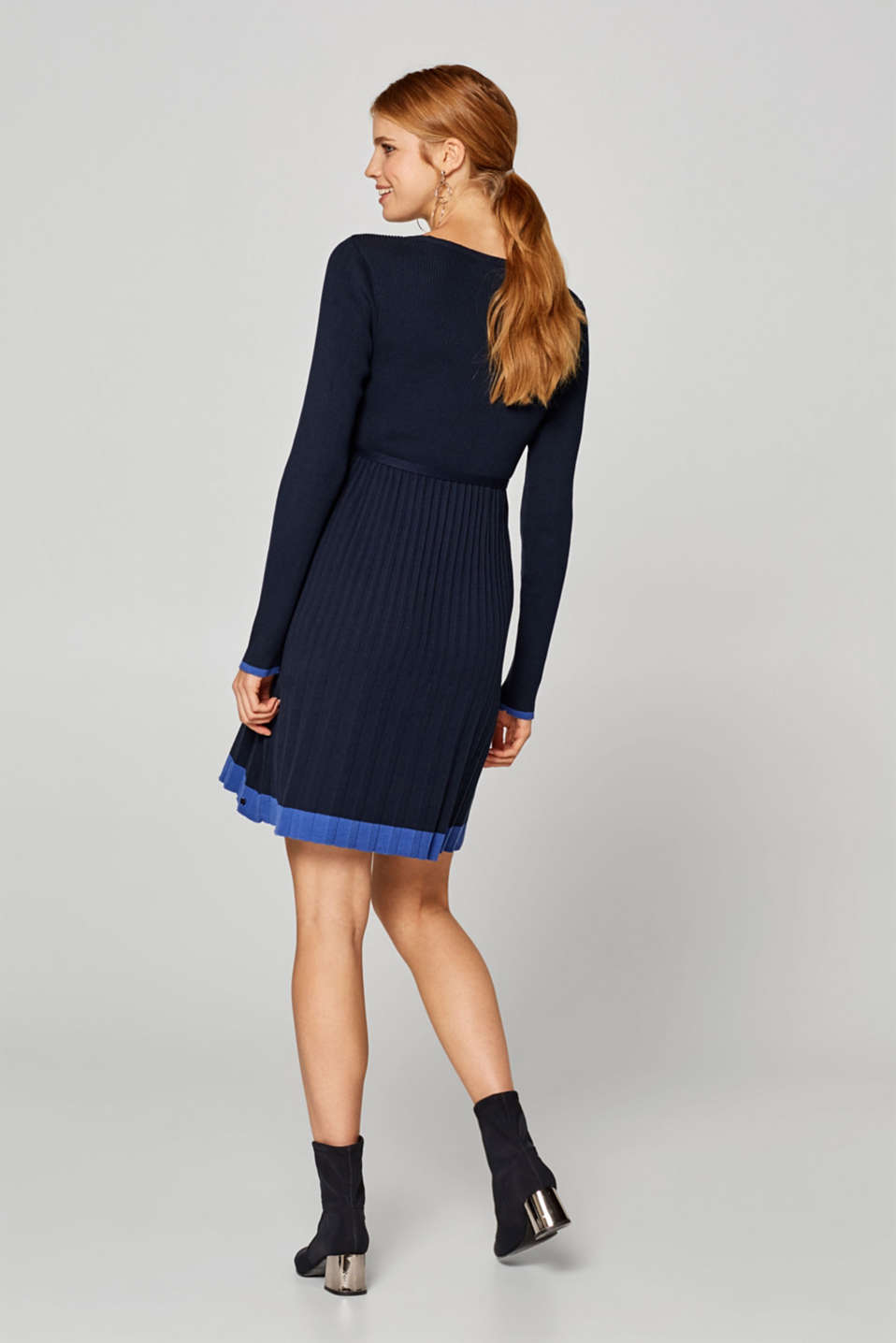 Knitted dress with pleated skirt, LCNIGHT BLUE, detail image number 1