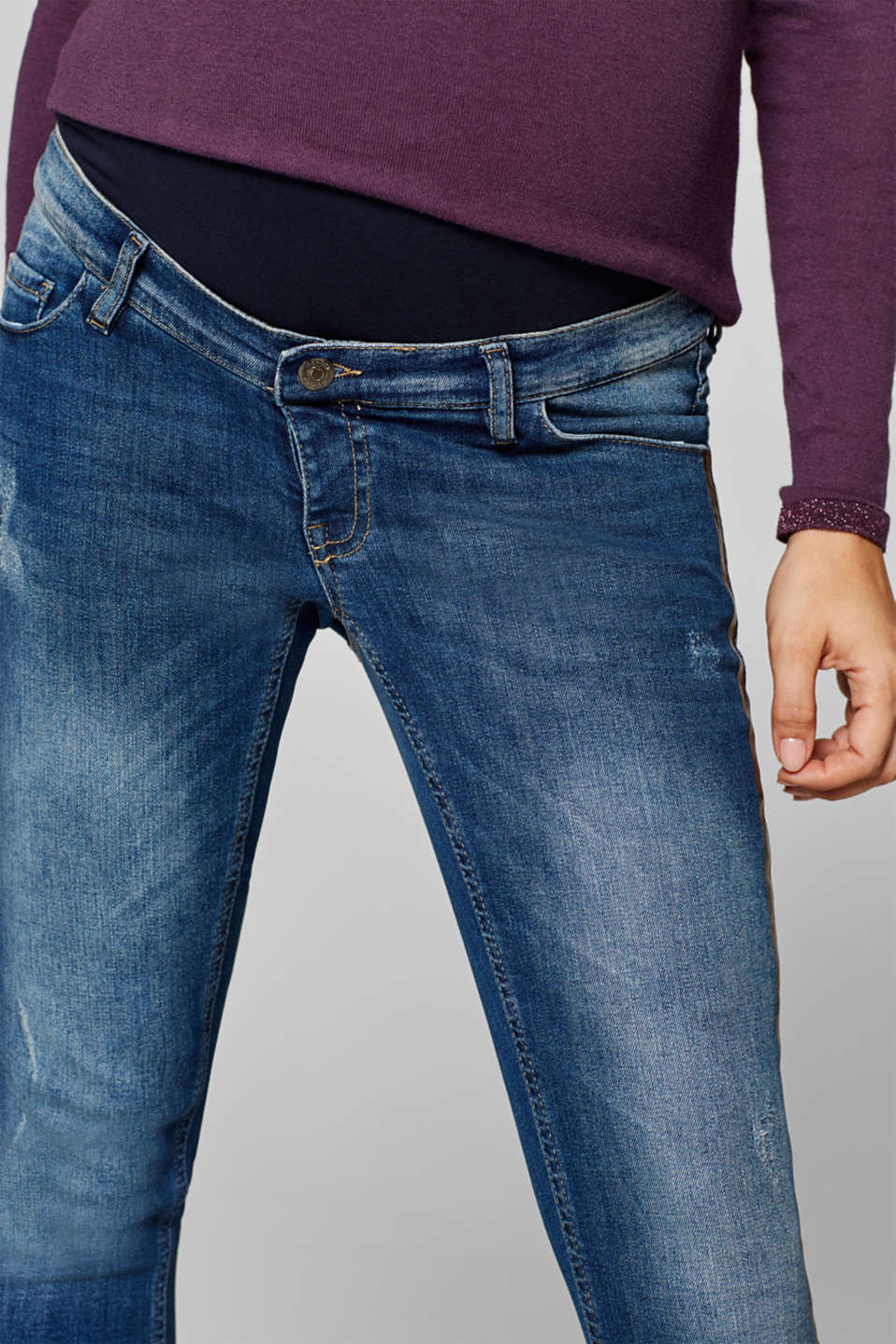 Cropped stretch jeans with an over-bump waistband, LCMEDIUM WASH, detail image number 1
