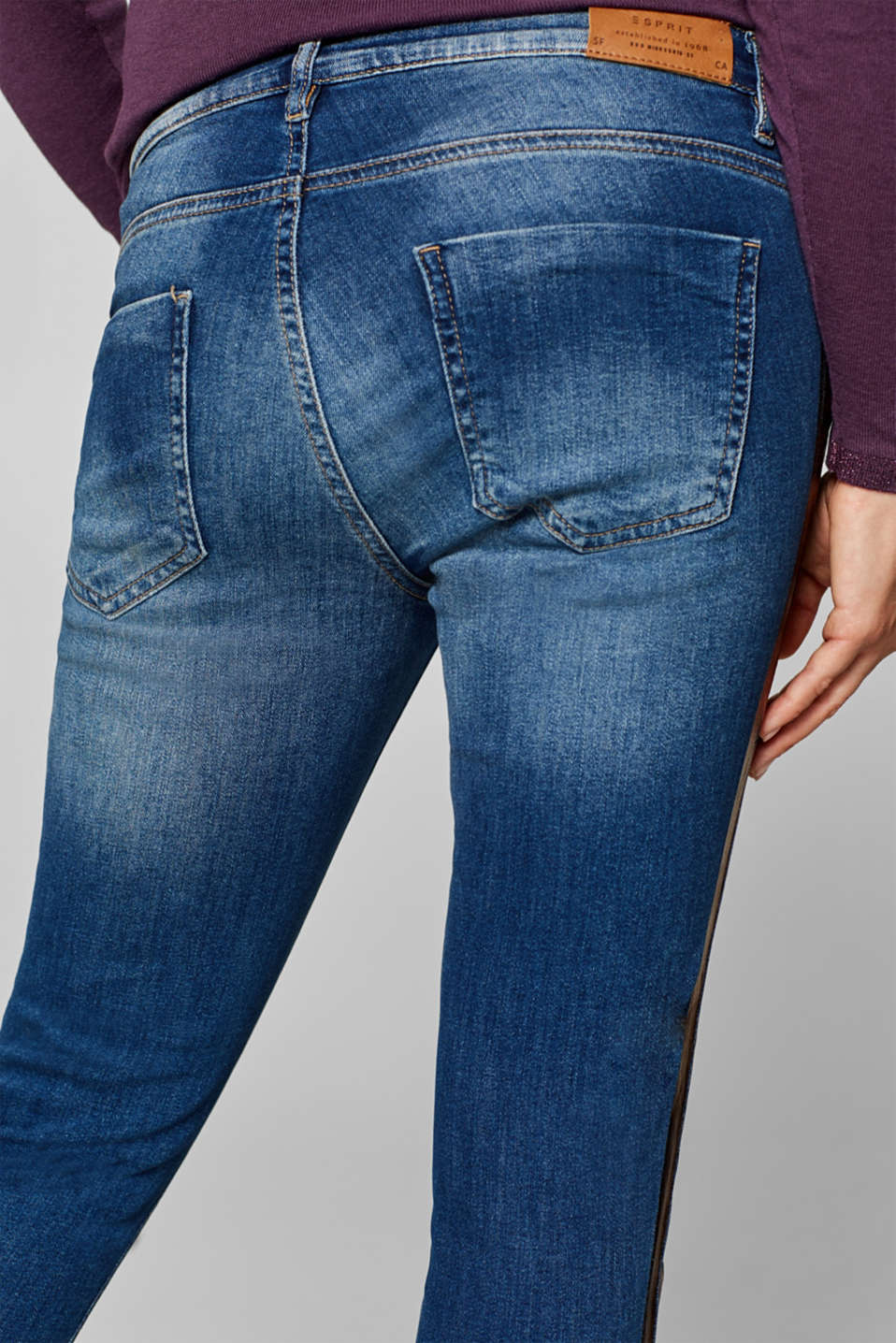 Cropped stretch jeans with an over-bump waistband, LCMEDIUM WASH, detail image number 4