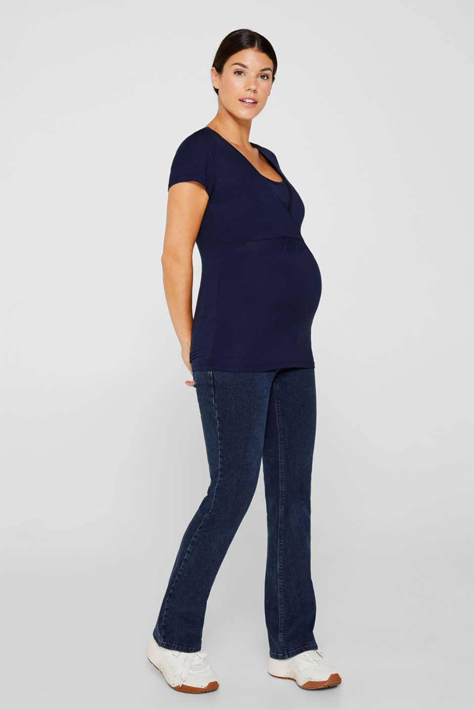 Flowing stretch nursing top