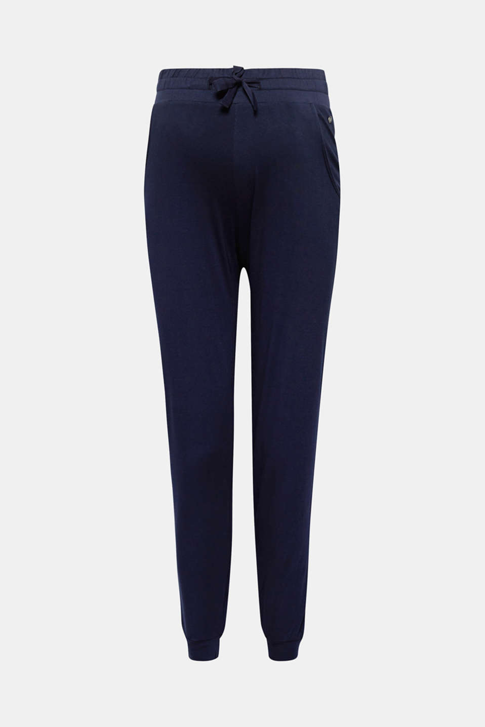 You will love the smooth, snug feel of these flowing jersey trousers with an adjustable under-bump waistband!
