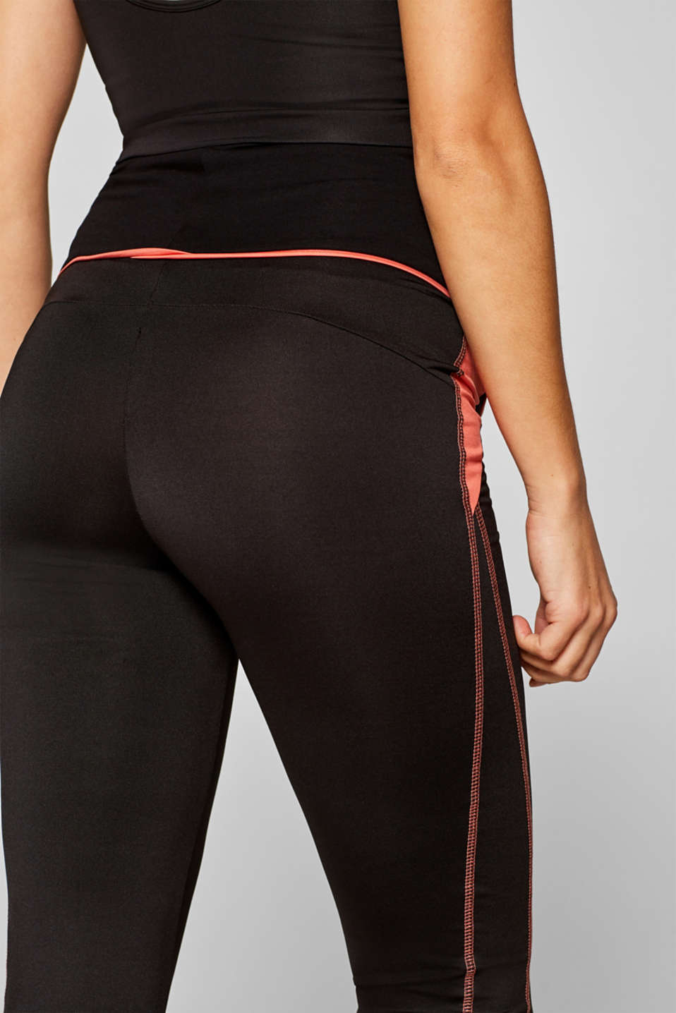 Active leggings with an over-bump waistband, LCBLACK, detail image number 4