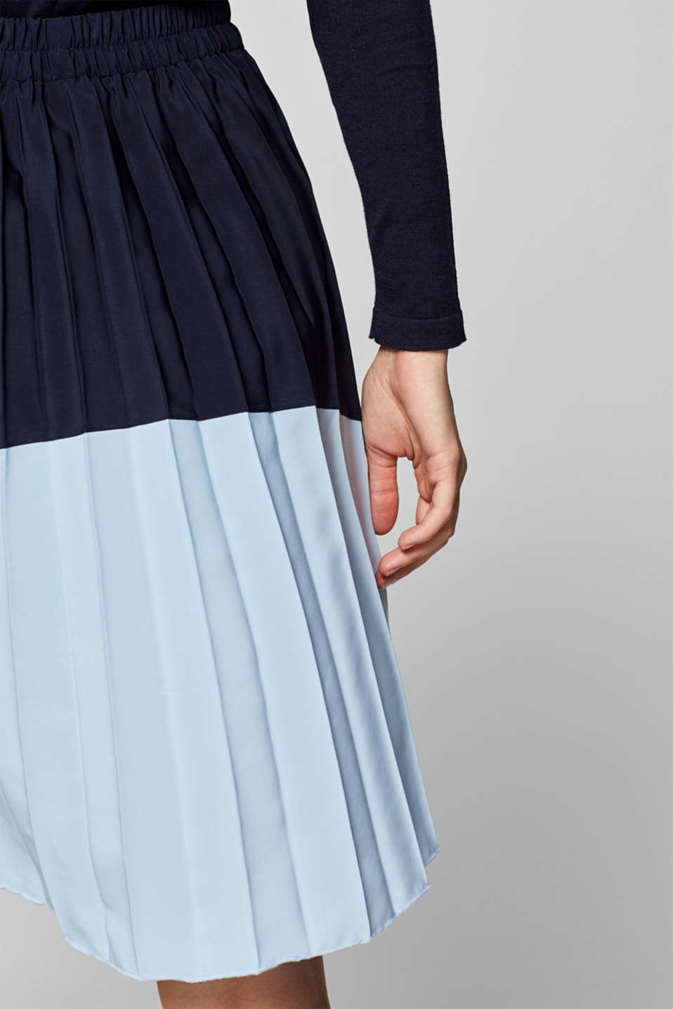 Bi-colour pleated skirt with an elasticated waistband, LCNIGHT BLUE, detail image number 0